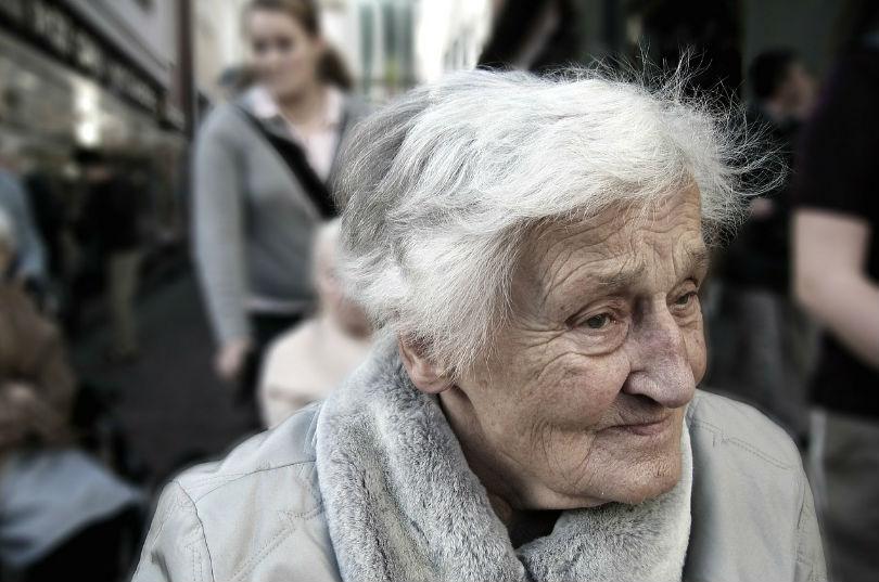 Como cuidar a las personas mayores