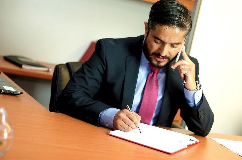 Por qué deberías contratar un abogado especialista