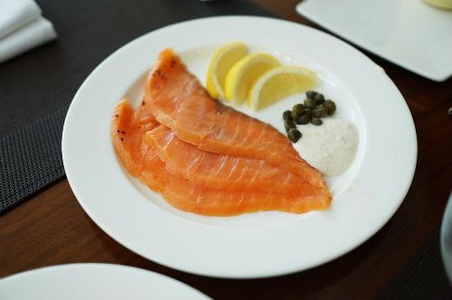 consumir salmon ahumado