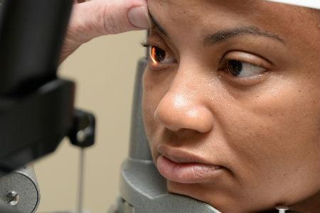 procedimiento para una angiografia ocular